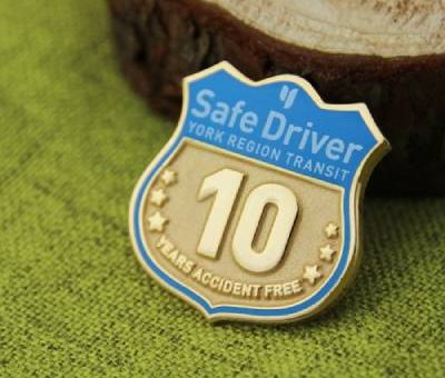 Safe Driver Lapel Pin