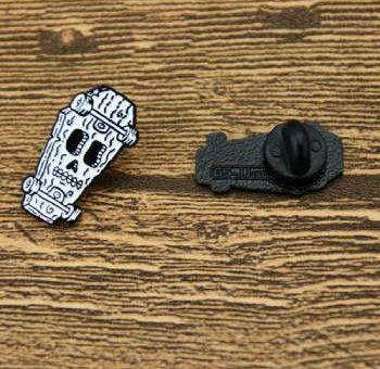 Skateboard Lapel Pins
