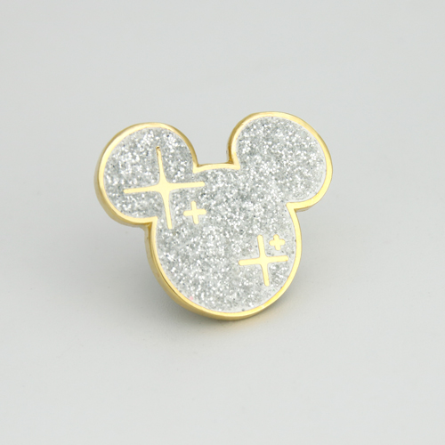 Mickey_holiday_Custom Pin