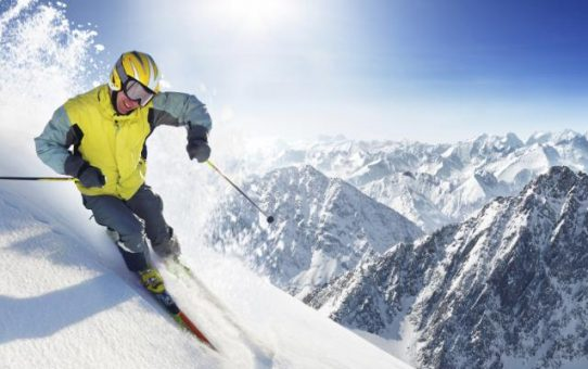 Snow_ski_california- Photo Istock