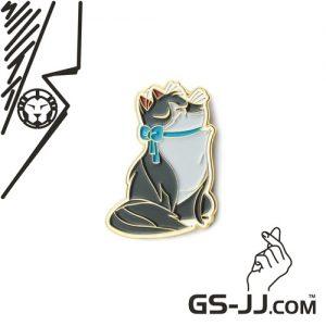 Grey Cat Lapel Pins – Ready-made