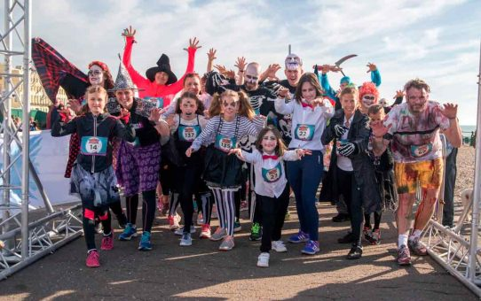 Halloween-Fun-Run-for-the-Sussex-Beacon-2017