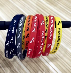 Custom silicone wristbands used for trendy accessories
