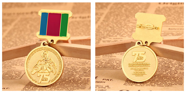 gold-military-medals