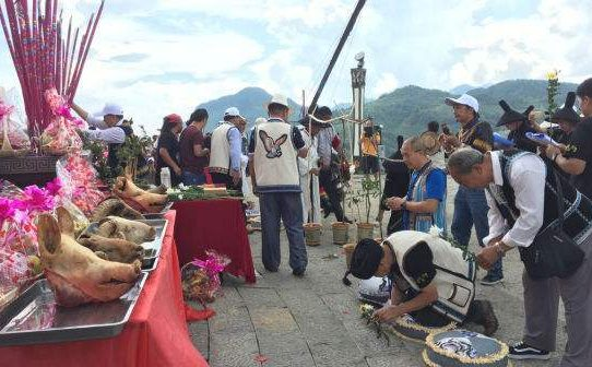 Tomb-Sweeping Day; Traditional Chinese Festival Customs; Cultural knowledge