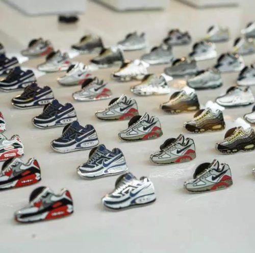 Shoes's Lapel Pins