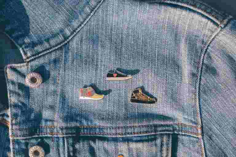 Shoes Pins